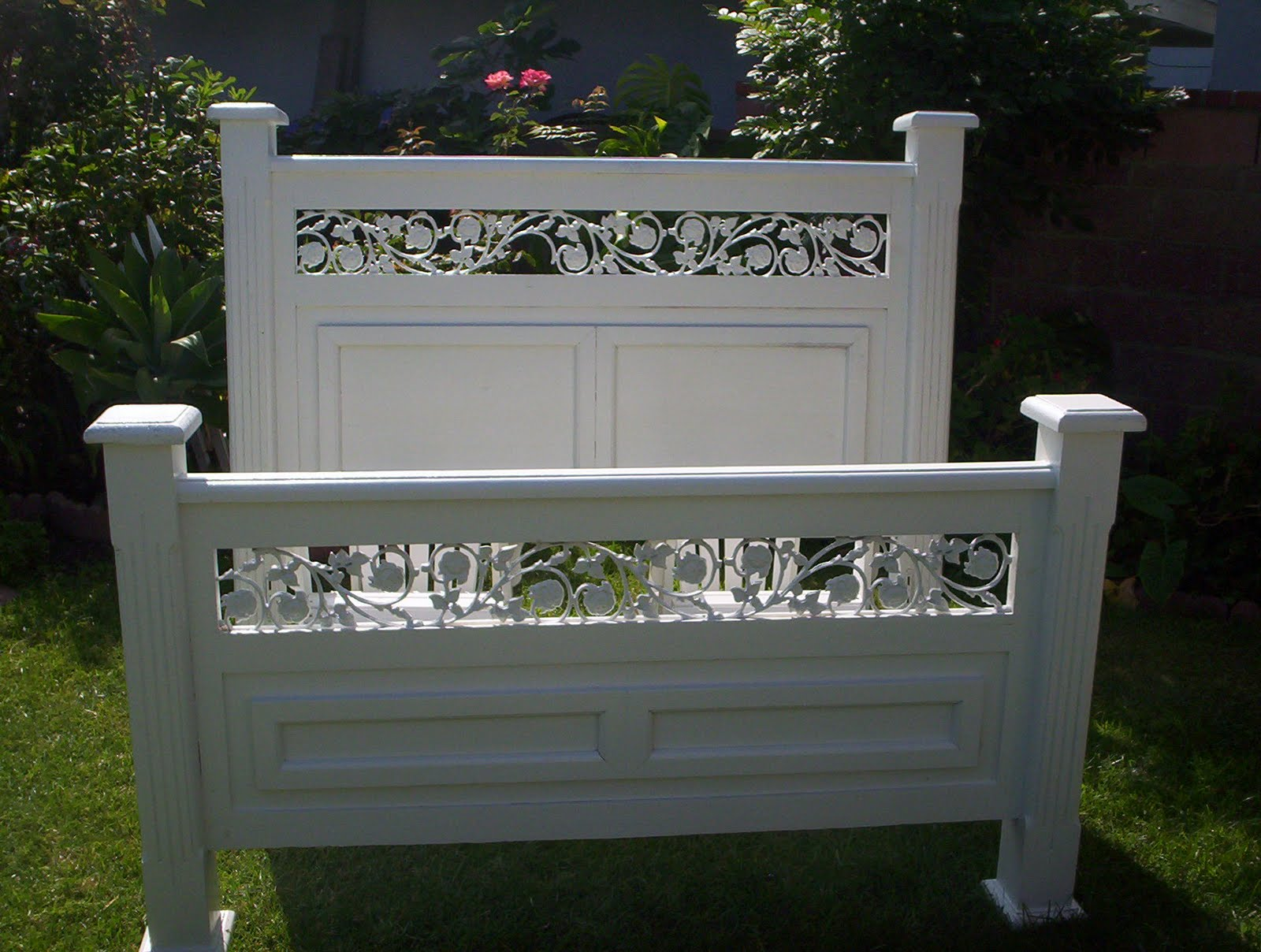Queen size head and footboard furniture table styles for Queen size footboard