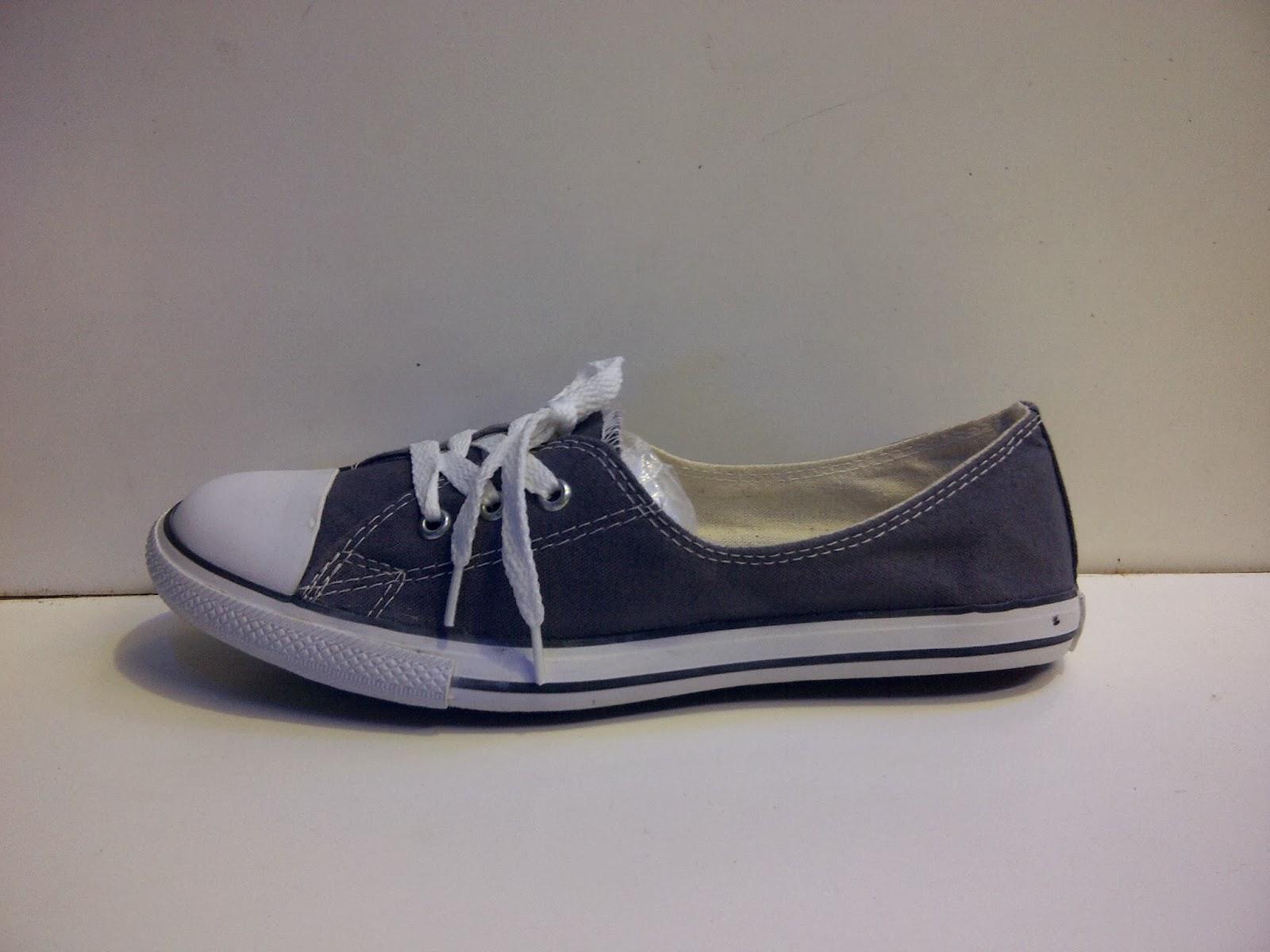 Sepatu converse abu,sepatu fashion