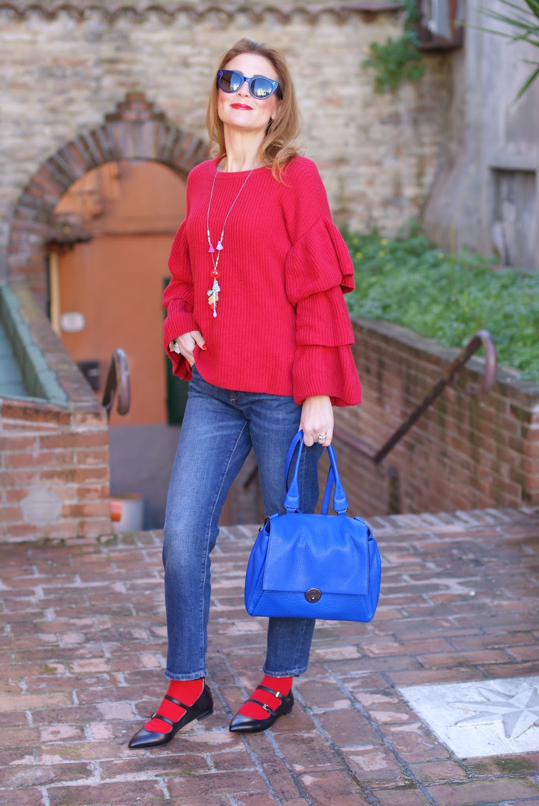 Sergio Amaranti flats and red sweater on Fashion and Cookies fashion blog, fashion blogger style