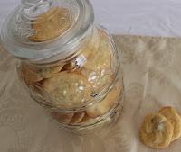 http://zahnfee-im-zuckerrausch.blogspot.de/2012/03/hannahs-cherrycookies.html