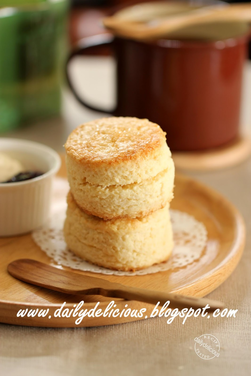 dailydelicious: Your daily bake: Simple cream biscuits