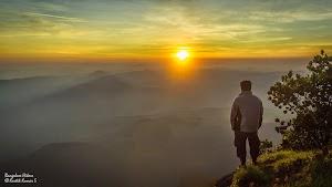 Sunrise view from Kumara Parvatha peak