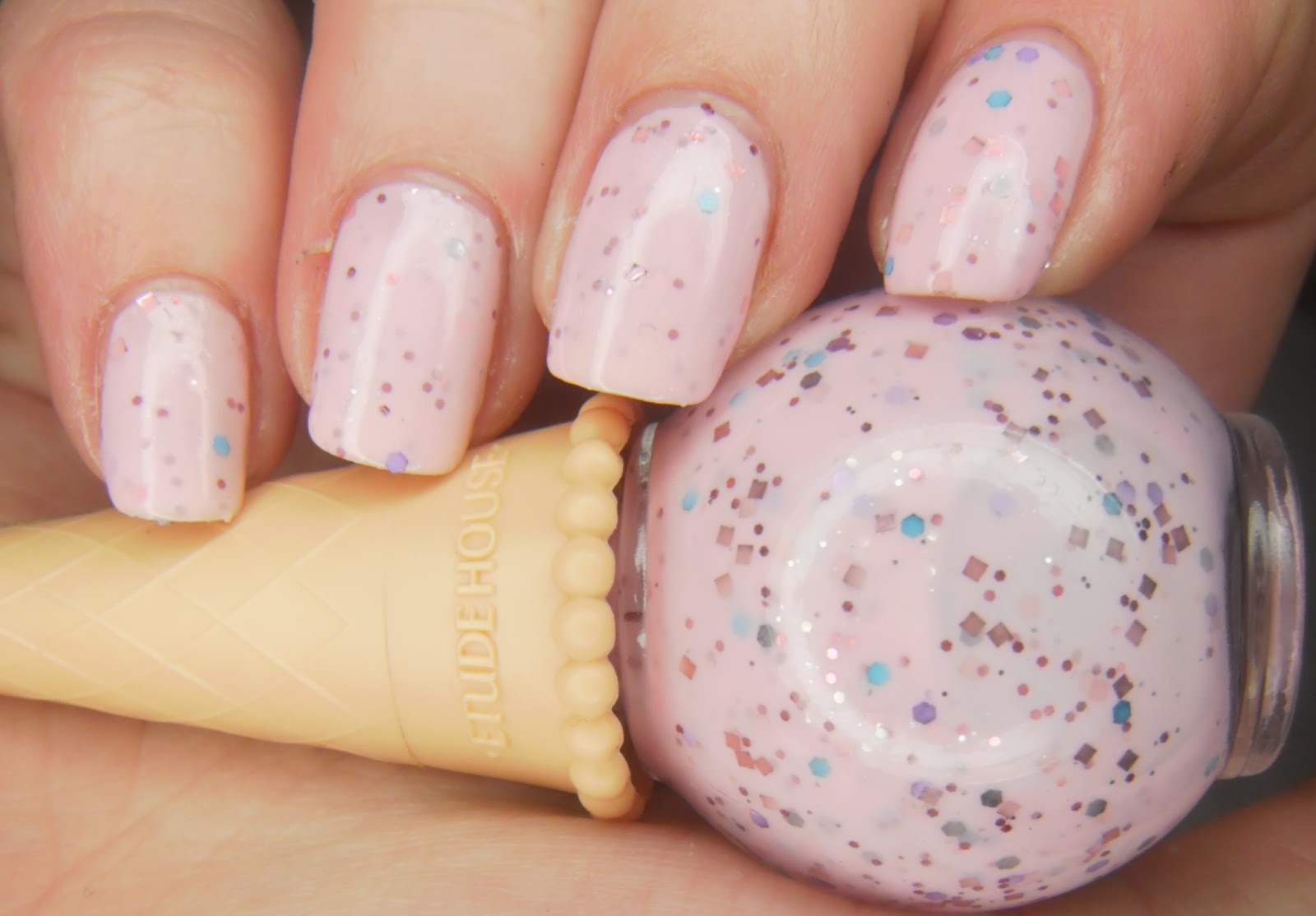 Specialgirl Nails Girly Girl Nail Art Challenge Week 2 Gimme That