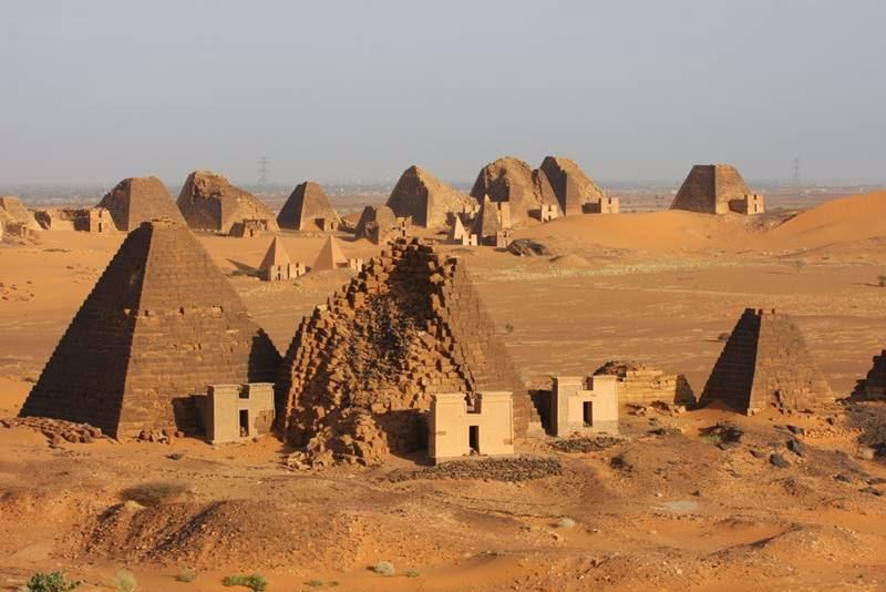 Nubian Pyramids Sudan 800x534