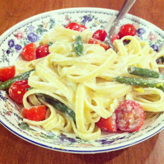 Light and Creamy Fettuccine with Green Beans