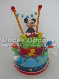 bolo decorado pasta açucar mickey