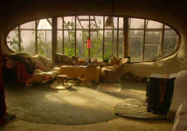 casa hobbit de simon dale comedor