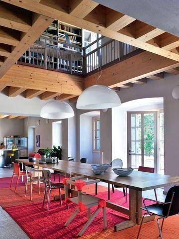 Hometrotter home style blog casa arredamento design for Casa sul lago a 2 piani