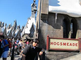 Wizarding World of Harry Potter Hogsmeade Station