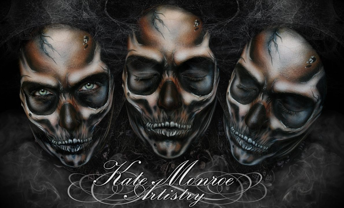 06-Dark-Skulls-Kate-Monroe-Face-and-Body-Painting-on-Human-Canvases-www-designstack-co
