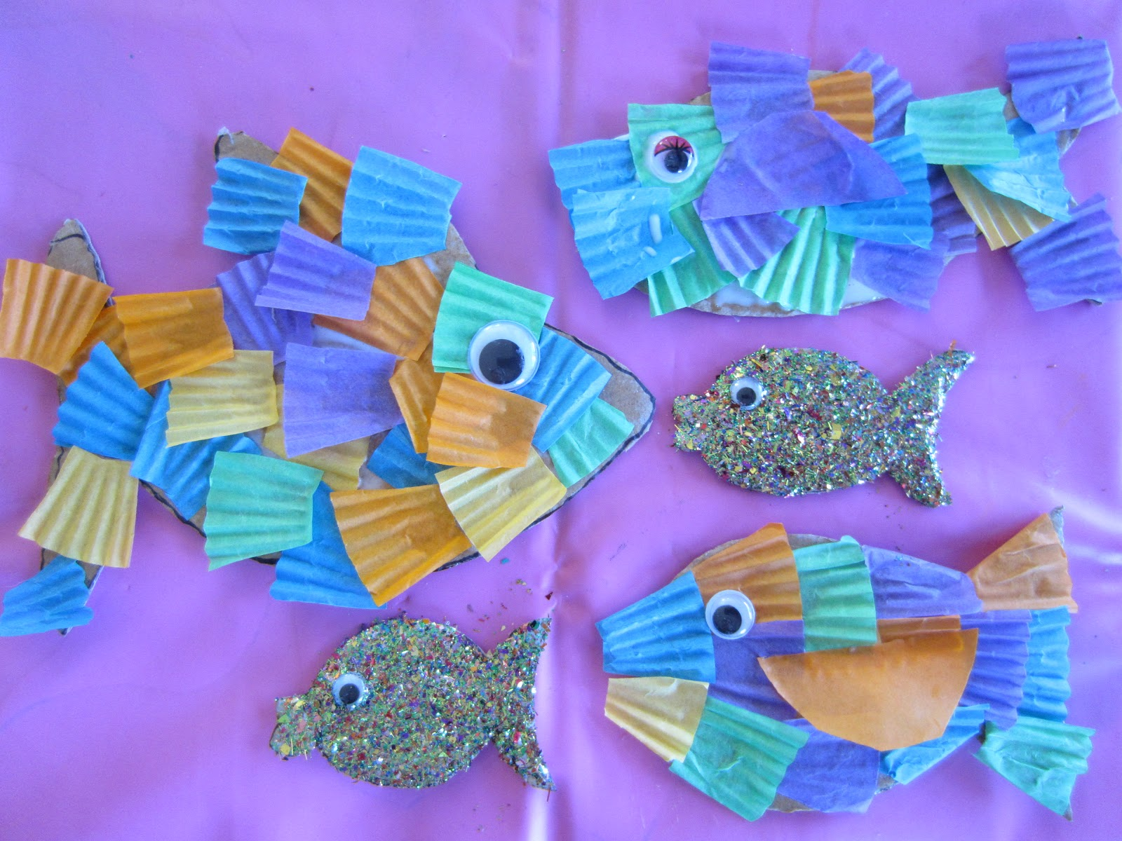 Learn with play at home create an underwater scene part for Fish for toddlers