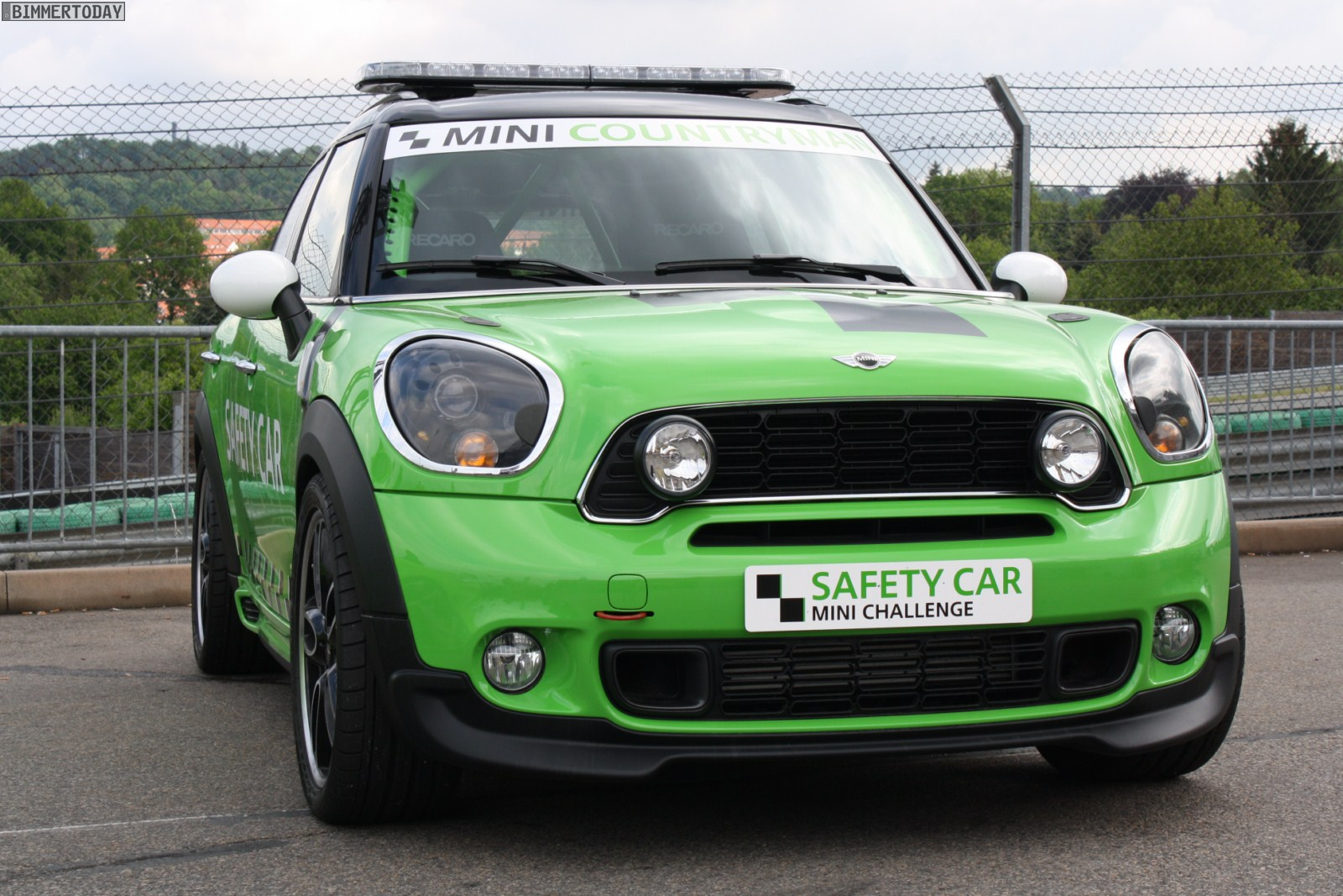 PHOTO :: MINI Countryman