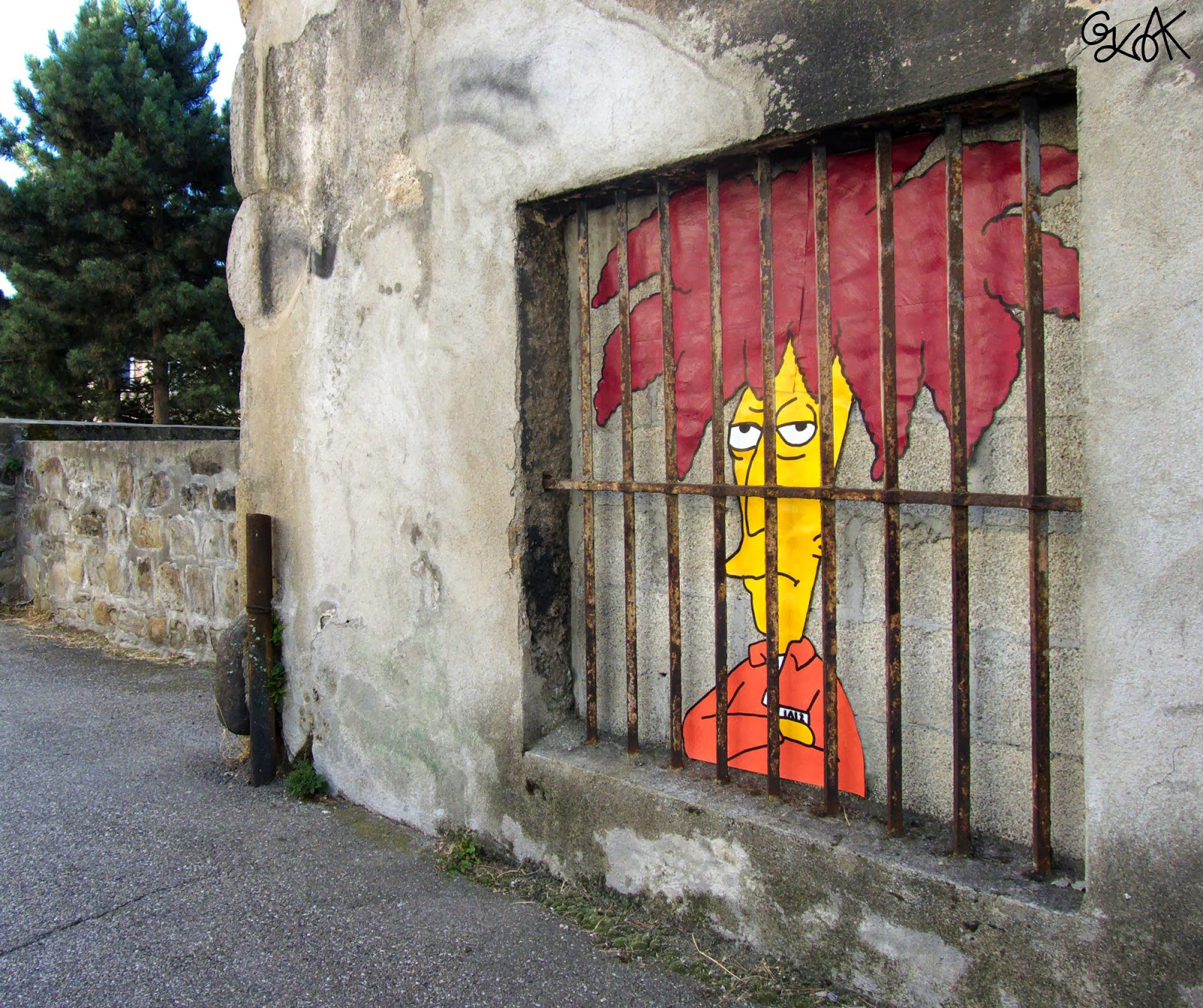 """Sideshow Bob"" a new Simpsons themed Street Art Piece by OakOak in Saint Etienne, France. 1"