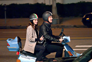 Larry Crowne Tom Hanks and Julia Roberts picture