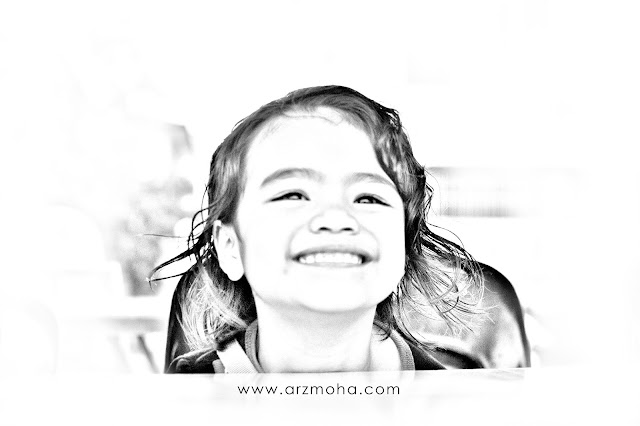 alysa, murni alysa, kids, kid smile, black and white, pencil drawing technique,