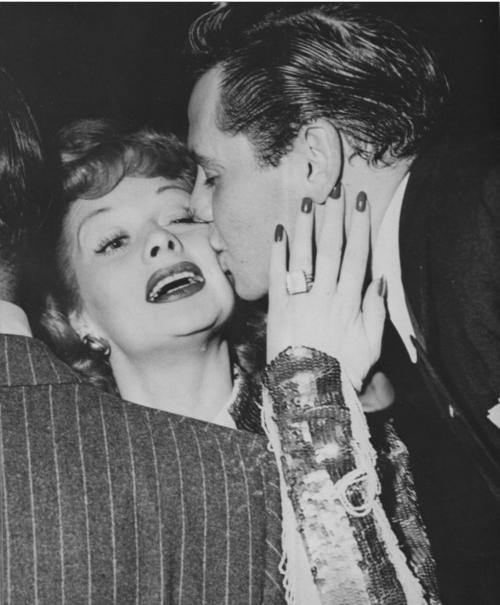 Attirant Lucille Ball Wedding Ring Image