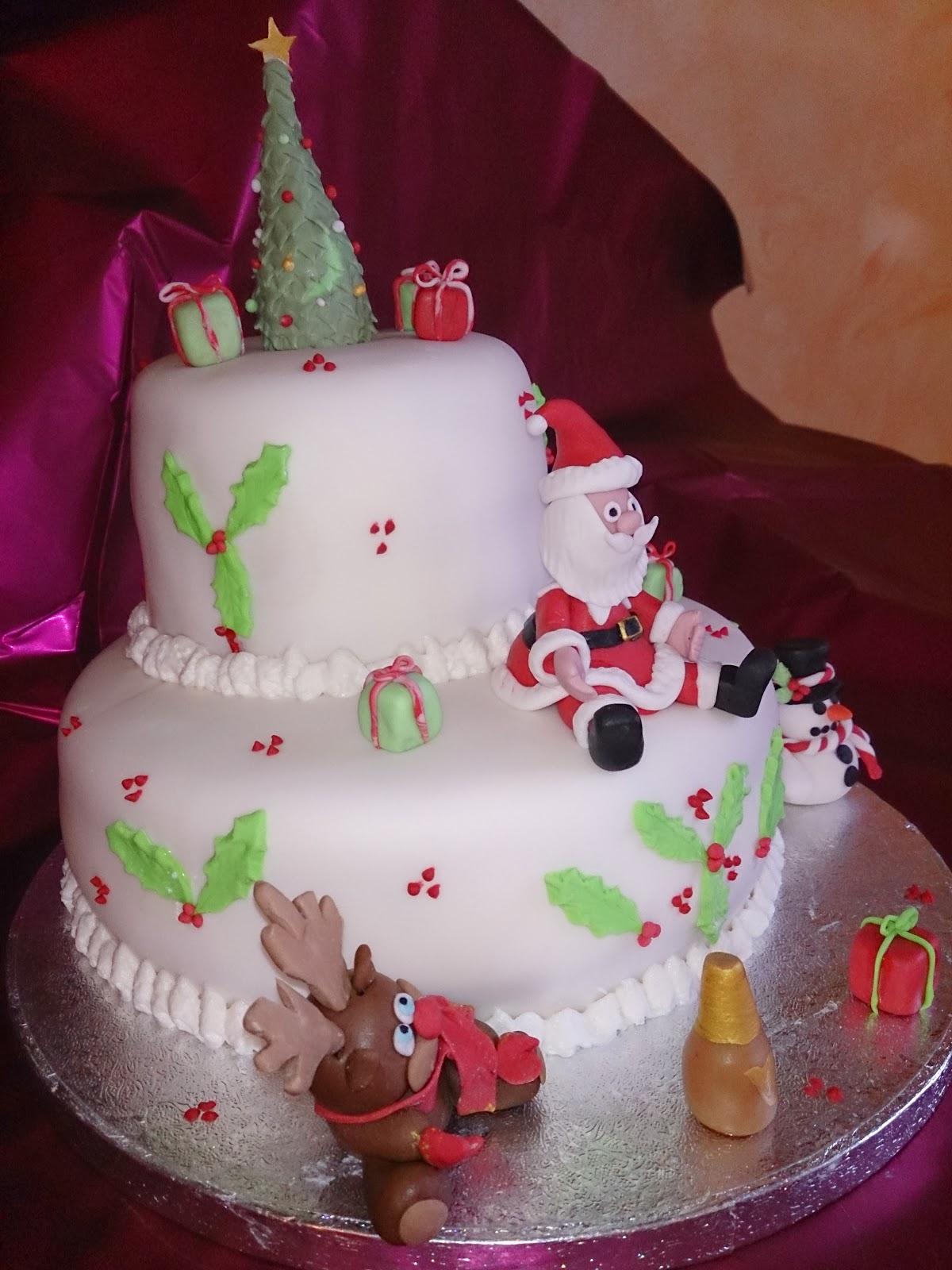 25 12 2013 torta di natale a due piani - Decorazioni torte natale ...