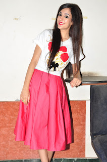 Kanika Kapoor 06.JPG