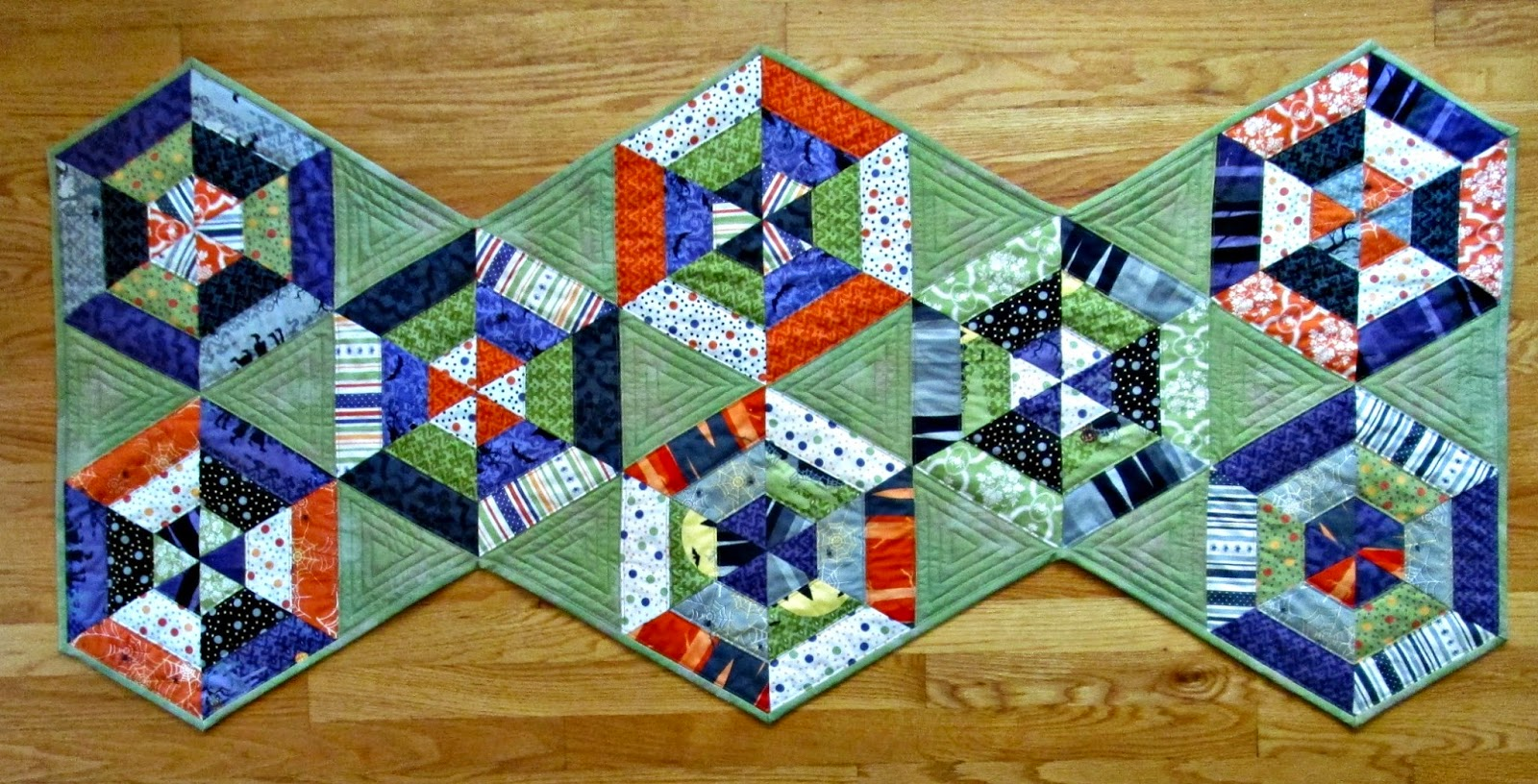 Alidiza haunted hexies for 10 minute table runner with batting