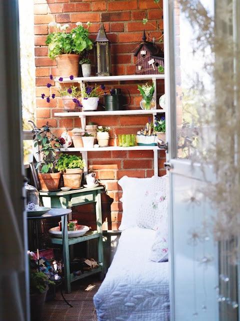 Декорирование квартиры,интерьер... / интерьер / балконы, тер.
