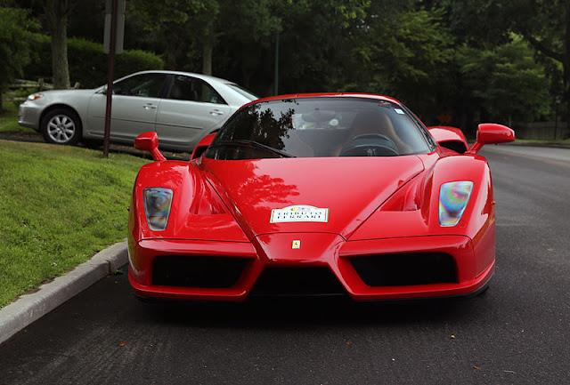 Gambar Mobil Sport Ferrari Enzo 15