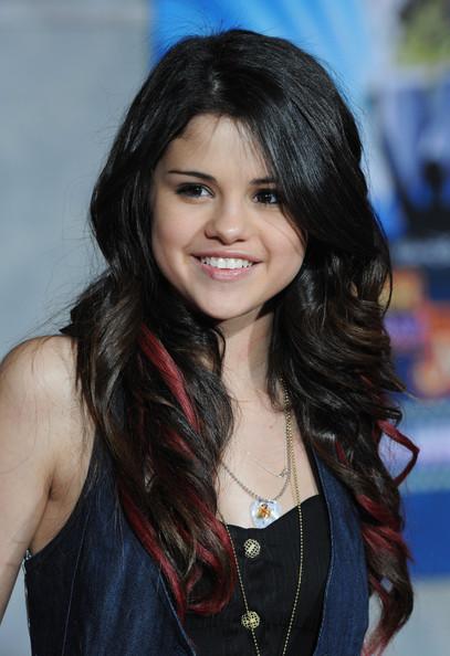 Selena Gomez Hot hairstyles 2013