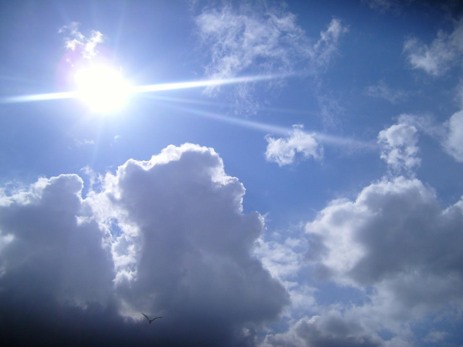 http://2.bp.blogspot.com/-IYtHqebvfms/UebuAe5MkcI/AAAAAAAABFk/KUj53SUOxpU/s1600/second-coming-clouds.jpg