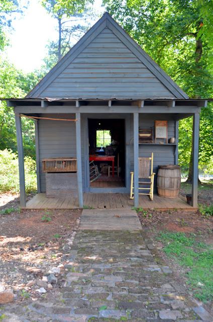 Stately Oaks Plantation, Tenant Cabin