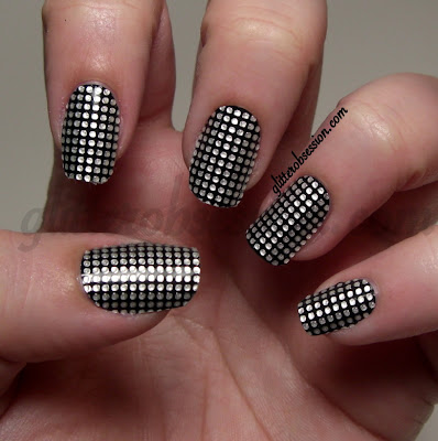 Julep Nail Appliques in Rivets