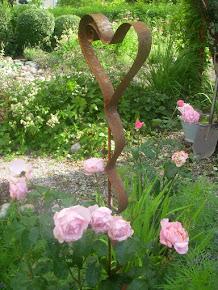 Rostiga saker till trädgården