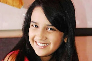 Profil Roshni Walia Pemeran Rajkumari Ajabde Punwar Serial Mahaputra ANTV