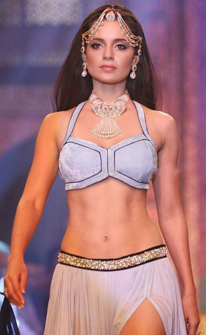 Kangana Ranaut Navel Show Photoshoot Photos