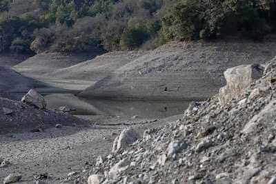 US-CALIFORNIA-DROUGHT-DRIES-UP-BAY-AREA-RESERVOIRS