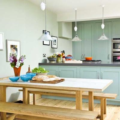 Una cocina verde decoraci n for Grey and duck egg blue kitchen