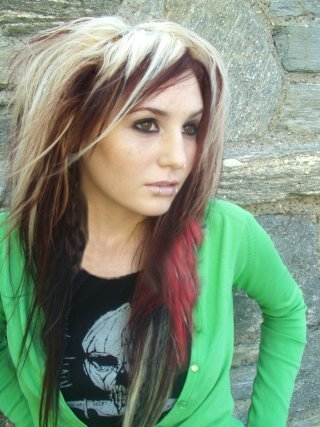 emo haircuts for girls with medium hair. medium hairstyles for girls
