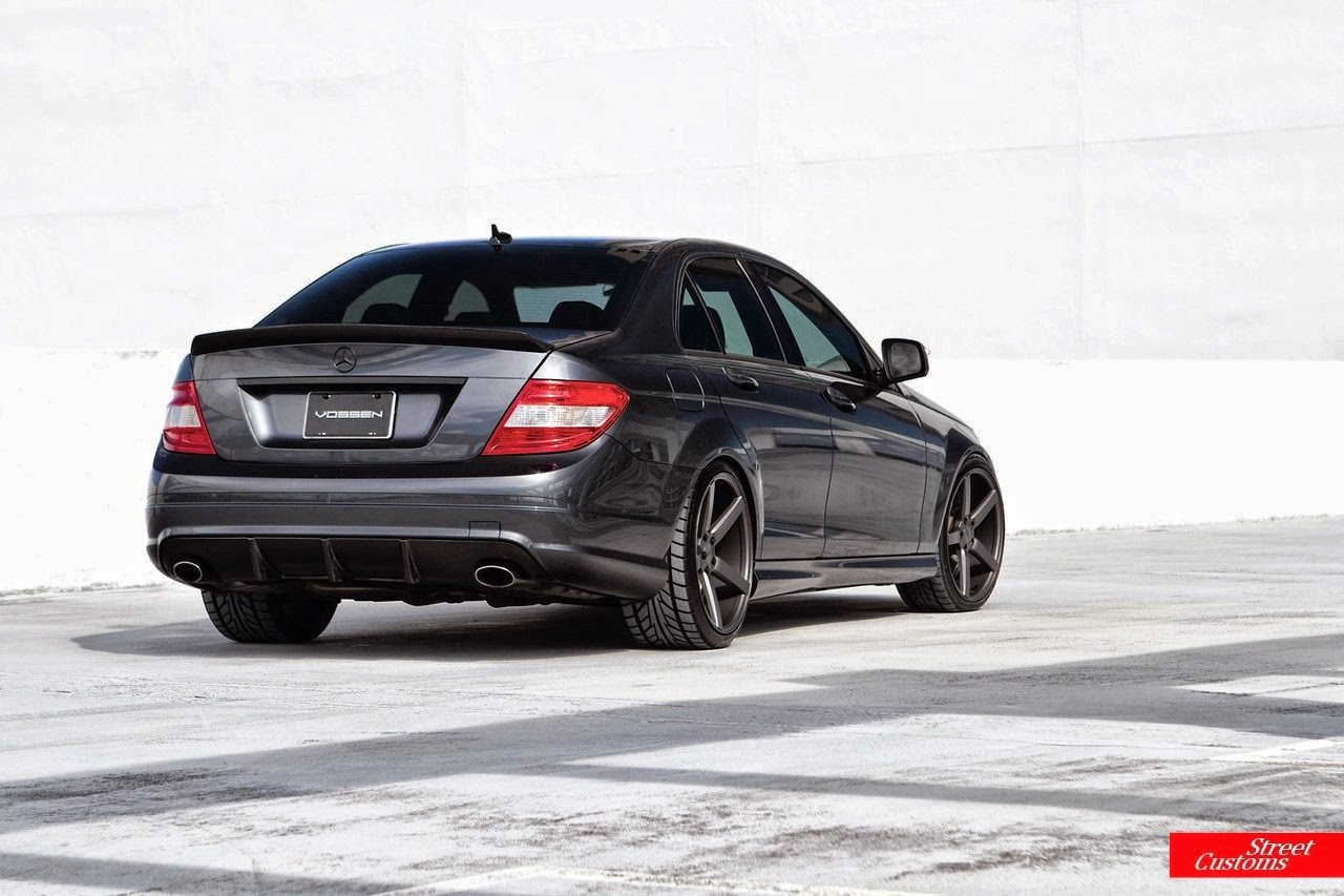 mercedes benz w204 c63 amg on vossen wheels benztuning. Black Bedroom Furniture Sets. Home Design Ideas