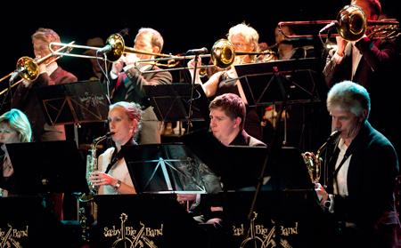 Sæby Big Band gennemfører jazzprojekt med Helle Hansen til Pinse