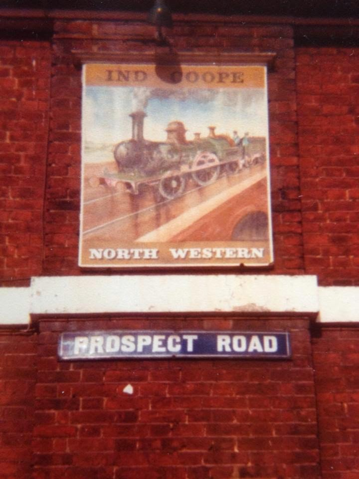 North Western hotel sign