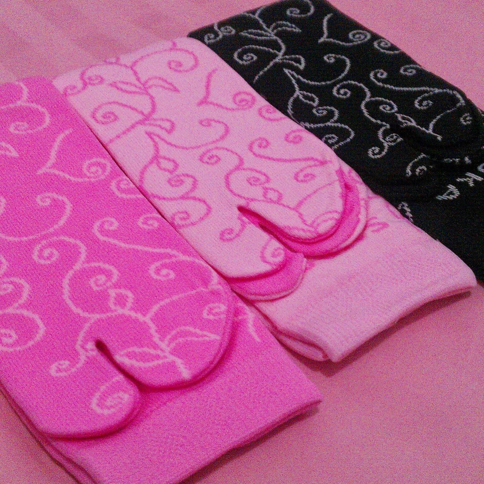 Nuraya Hijab Store Nurayahijabstore Kaos Kaki Jempol Florist Wr 008 Soka