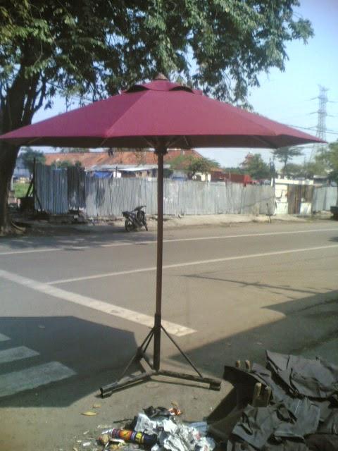 Menjual/bikin Macam-macam Model Payung Taman-Tenda cafe