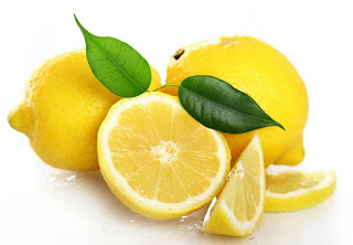 Jeruk lemon untuk menghilangkan bekas jerawat