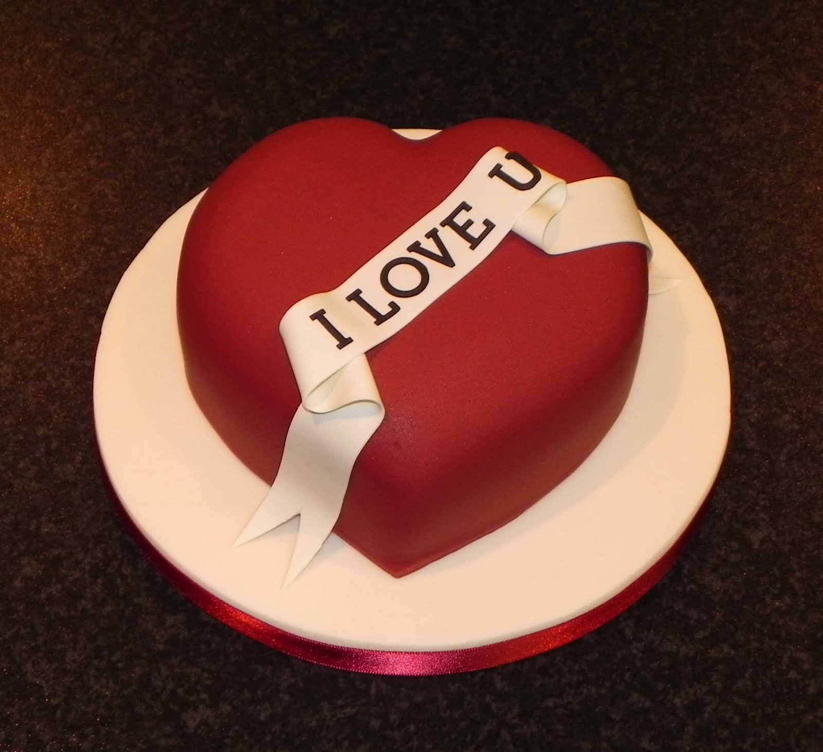 heart shaped cakes pictures