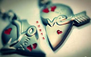 خلفيات بلاك بيري 2016 بلاك Love+Hurts.jpg