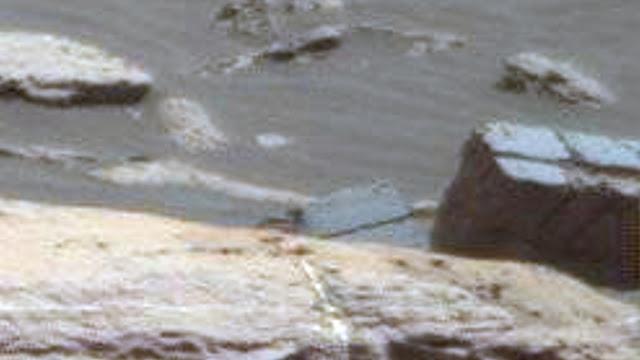 Anciens extraterrestres sur Mars : possible brique brisées trouvées par Curiosity NASA