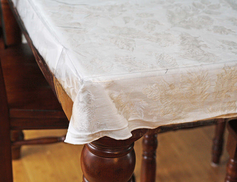 Now I Use Linen Tablecloths And This Just Protects Them From Having To Wash  Them Every Day, Which Would Be The Case With Kids. So Itu0027s A Little Tacky,  ...