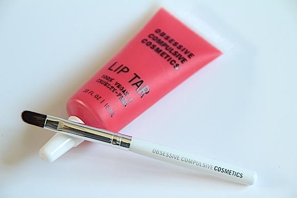 lip tar obsessive compulsive cosmetics avis test swatch prix