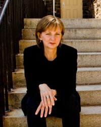 Paula Altenburg, author, image