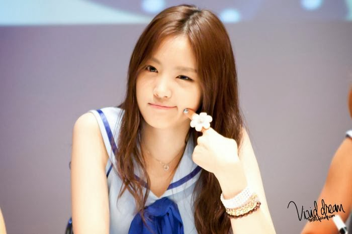 Son Naeun, my twin ^^