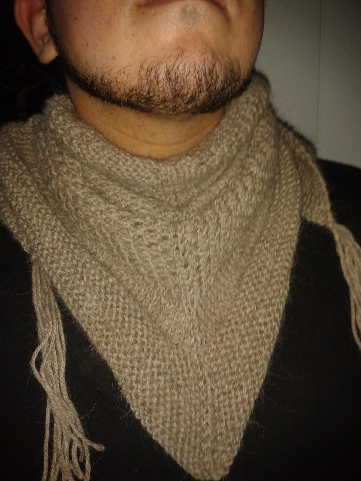 Ahora empezaré a hacer una bufanda reverisble con trenzas y un gorro que combine con mi textured porque aún tengo 2 madejas enteras del cusqueñita (en el