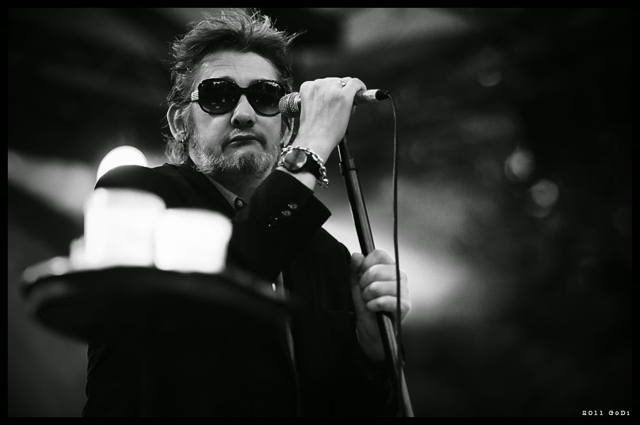 pogues - dirty old town